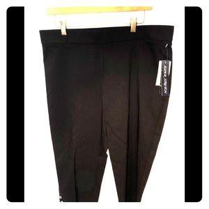 NWT Capri stretch black pants